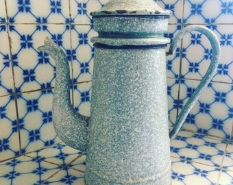 Vintage enamel coffee pot vintage. Blue speckled white. 1940's Enamelled coffee pot. antique french. french Enamelware