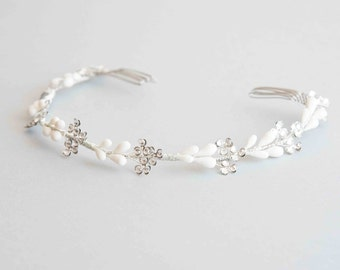 Bridal headpiece - Crown of orange blossoms and flowers Swarovski