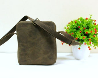 Shoulder bag for her, leather bag for her, leather bag, leather messenger, crossbody mini,shoulder bag mini, best leather bags,her crossbody