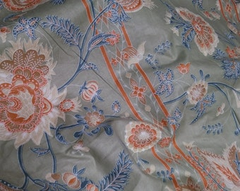 Vintage Bloomcraft grey floral fabric from 1979
