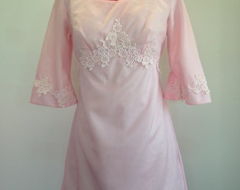 Size 8 to 10 60's or 70's bell sleeved baby pink bridesmaid dress with train and lace