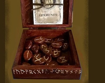 the mentorune, Runic divinatory game runes offer a course, you or not to follow their advice.