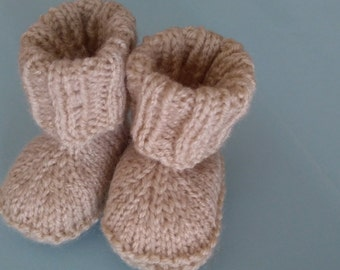 knitted wool booties, baby shower gift,new baby gift, wool booties, newborn