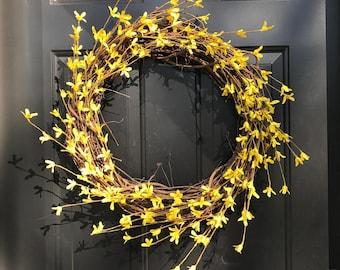 Yellow Mini Flower Grapevine Wreath, Front Door Wreath, Spring Wreath, Wedding Gift, Housewarming gift, Yellow Branch Wreath, Summer Wreath