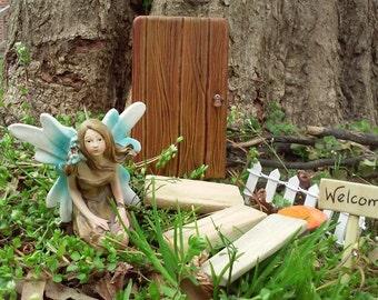 Fairy Garden Door Kit Gift for Aunt Fairy House Kit Miniatures Outdoor Wood Fairy Door Miniature Garden Micro Garden