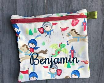 Reusable Sandwich Bag, Knights, Castle, Dragon, Medieval, Snack Bag, Eco-Friendly, Monogrammed, Lunch, washable bag, Zippered sandwich bag,