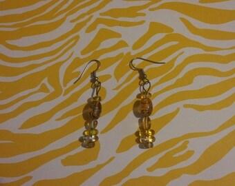 Earrings golden dangle