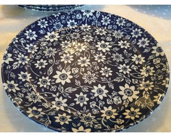 Johnson Brothers Country Cupboard. Blue Floral English Plates. Blue and White Dinner Plates.