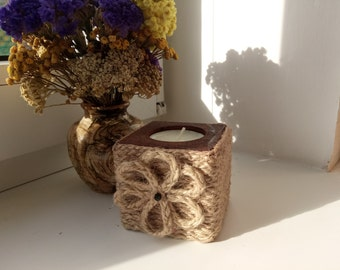 Original braided wooden candle holder with flower