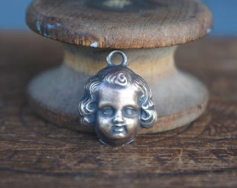 Vintage French Brass Stamping/Antique Style/Neoclassical/Baby Face/Putti/Angel/Pendant/French Findings