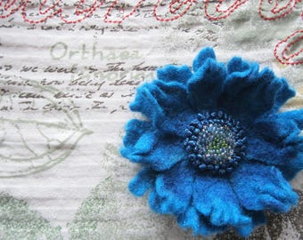 Embroidered Wool Felt Poppy Flower Brooch Daisy Blue Textile Felt Pin Felting Blue Anemone Unique Eco Mixed Media Gift For Her Scabiosa Pin