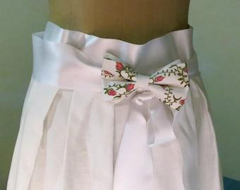 Pink bow tie with brooch, original design