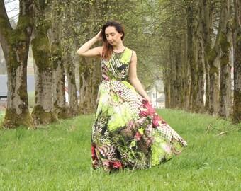Maxi floral dress. Floral print. Floral jersey dress.