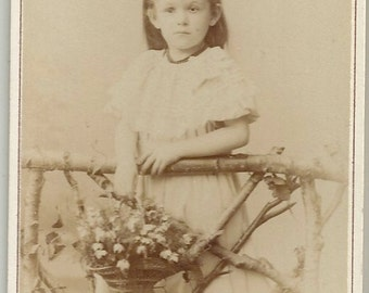 Sweet little girl holding a basket of flowers German cdv antique photo Naumann Leipzig