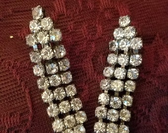 ON SALE Vintage Pin Up 1950's Rhinestone Dangle Clip Earrings, 2 inches long