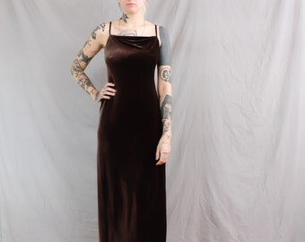 90's Brown Velvet Maxi Dress in Medium . Spaghetti Strap Velvet Gown in Milk Chocolate . 1990s Premier Dress Petite Size 6
