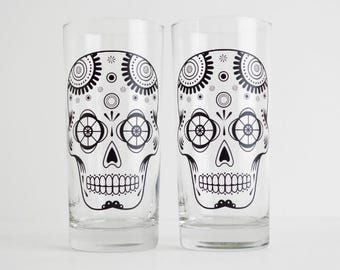 Sugar Skulls - Set 2 Glasses, Día de Muertos, Day of the Dead Glasses, Halloween Glasses, Halloween Glassware Halloween Party, Gifts for him