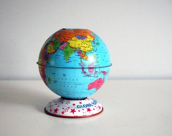 J. Chein Globe Bank, 1950s Tin Globe Bank, Vintage Tin Toy, Blue World Globe, Desktop Accessories, Man Cave Decor, World Map, Star Base