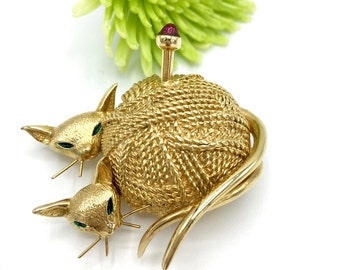Vintage Siamese  Cats Brooch, Cats in Ball of Yarn, Signed Boucher, Gold Tone Pin, Gift for Her