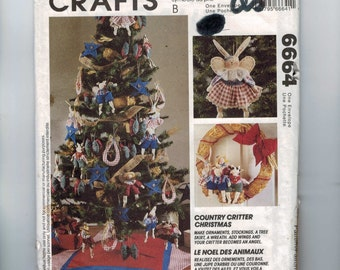 Craft Doll Sewing Pattern McCalls 6664 Country Critter Christmas Ornaments Stockings Tree Skirt Wreath Angel Wings UNCUT