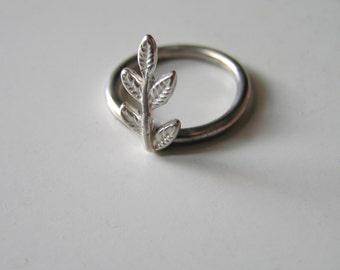 Sterling Silver Leaf Ring, Forest Leaf sterling silver ring, Boho silver ring, nature jewelry,