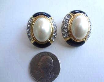 Vintage Carolee Clip On Earrings Faux Peal Navy And Clear Rhinestones 1 Inch Long X 3/4 Inches Wide Good Condition