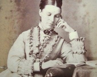 Antique Victorian Carte de Visite, Antique girl CDV, Victorian fashion, Antique Victorian photo, Victorian jewelry CDV, Antique photo