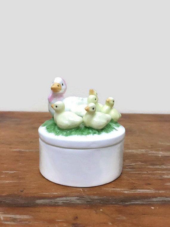 Vintage Easter Trinket Box with Goose and Goslings - Bone China - Baby Geese