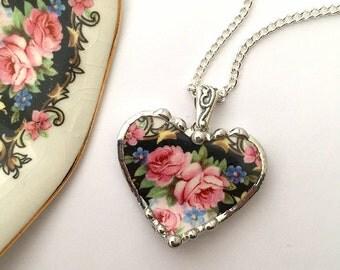 Broken china jewelry -  rose heart pendant - pink roses -  broken china jewelry heart pendant necklace