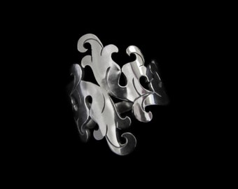 Sterling Silver Floral Ring - Ornate Acanthus Scroll Leaves -  BAROQUE PERENNIAL