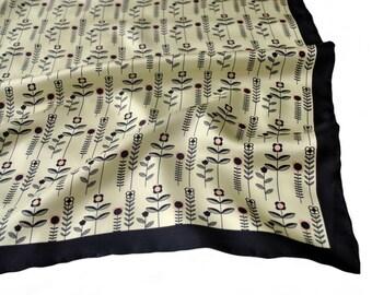 Floral Silk Pocket Square / Daisy Silk Pocket Square / Ivory Silk Pocket Square / SAMPLE SALE
