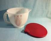 Tupperware Mix-N-Stor Measuring Bowl/Cup with Burgundy Lid - 8 Cups or 2 Quart