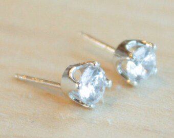 5mm Cubic Zirconia Argentium Silver Earrings - 4 Prong - Nickel Free Hypoallergenic Stud Earrings