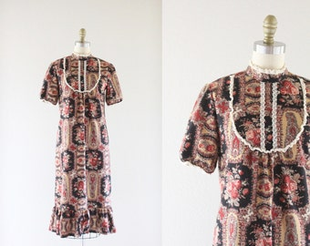 S A L E 70's Lace Bib Prairie Dress Sz S/M