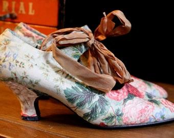80s NORMA KAMALI cabbage rose floralprint chintz ribbon court shoes high heels pumps 37 7 vintage 1980s