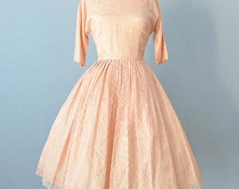 1950s Lace Party Dress...Vintage Pale Peach Party Dress Cocktail Dress