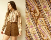 1970's Vintage Paisley & Psychedelic Floral Print Dagger Collar Shirt Top Size Small