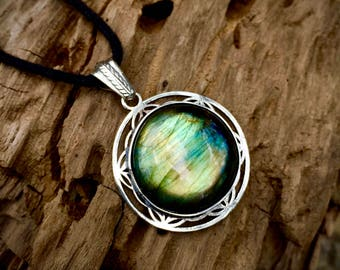 Flower of Life Labradorite Necklace- (Reversible) Increase Psychic Abilities and Spiritual Growth