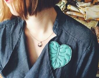 Monstera - leaf - brooch - wearable art - ooak