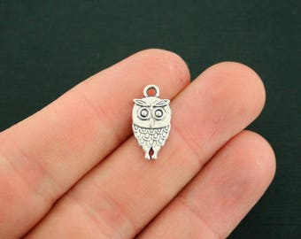 10 Owl Charms Antique Silver Tone 2 Sided So Cute - SC6996