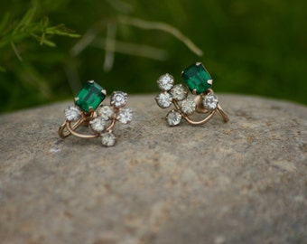 Emerald Vintage Screw Back Earrings, Clip On Earrings, Earrings, Wedding, Christmas Earrings, Mid Century Jewelry, Saint Patrick's Day Wear