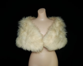 Large classy 50s fluffy white fox fur stole cape wrap jacket satin lining Fur Salon bridal wedding bombshell pin up swing ivory cream VLV
