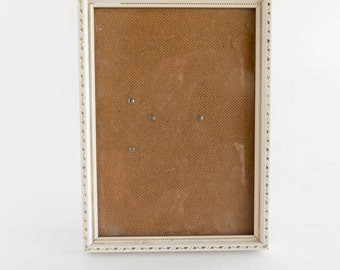 Vintage Simple White Wood Picture Frame Photo Gold Accent 5 x 7 Cottage Shabby Decor