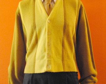 Cardigan Sweater sz L