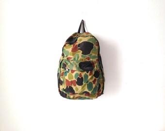 camouflage 90s BACKPACK hunter green daypack CLASSIC lightweight hiking biking bag