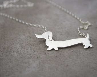 Dachshund Necklace / Wiener Dog Jewelry / Sausage Dog pendant by Lola&Cash