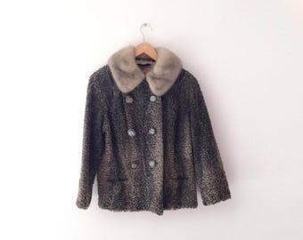 1950s Elsa SCHIAPARELLI gray persian lambswool short  coat with silver mink fur collar, size medium