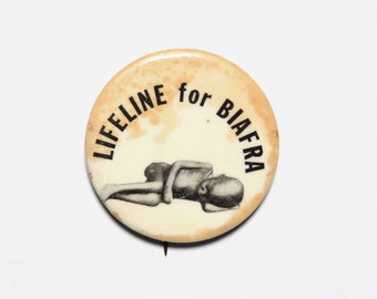 vintage 60s 70s Lifeline for Biafra pinback button badge pin Oliver Mobisson Igbo Nigeria humanitarian 1960 1970