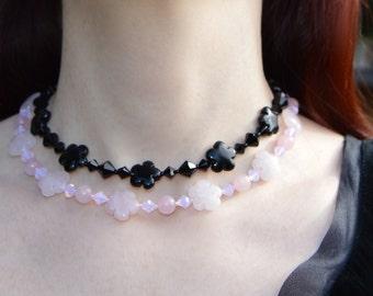 Black flower necklace, agate beaded choker, dark mori gothic jewelry, black crystal choker, les fleurs du mal, sakura black flower choker