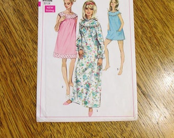 CUTE 1960's Ladies' Retro Nightgown / Yoked Pajamas & Short Bloomers - Size Medium (12 - 14) - UNCUT Vintage Sewing Pattern Simplicity 7910